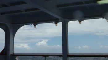 8八丈島を出て50分航行の太平洋.JPG