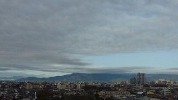 大山も阿夫利神社の杜まで隠した雲.JPG